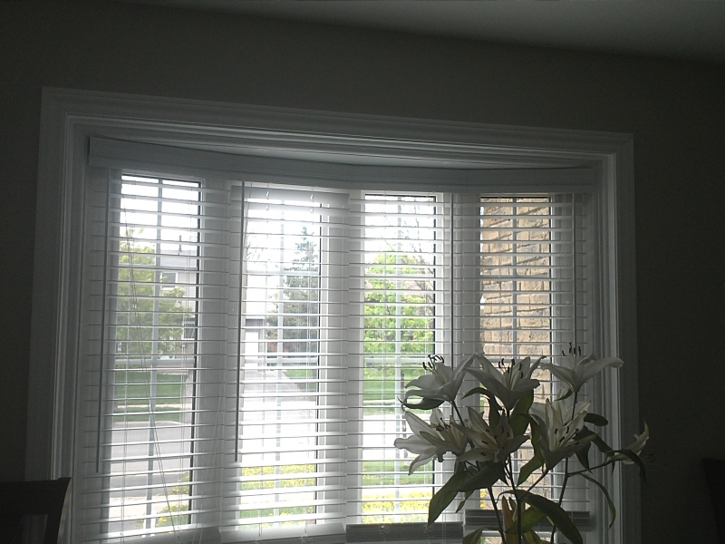 bow Faux wood blinds